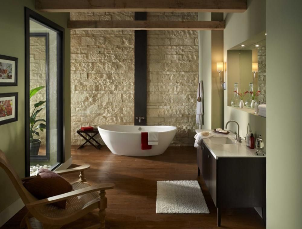 Salle de bain rustique grâce au mur en pierre créatif Bathroom designs