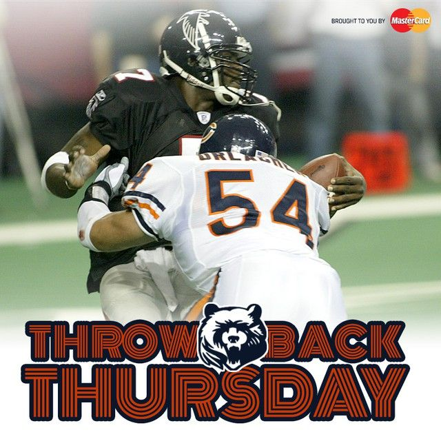 Throwback Thursday Urlacher Vs Vick 9 15 2002 Bears Defeat Falcons 14 13 Chicago Bears Sports Figures