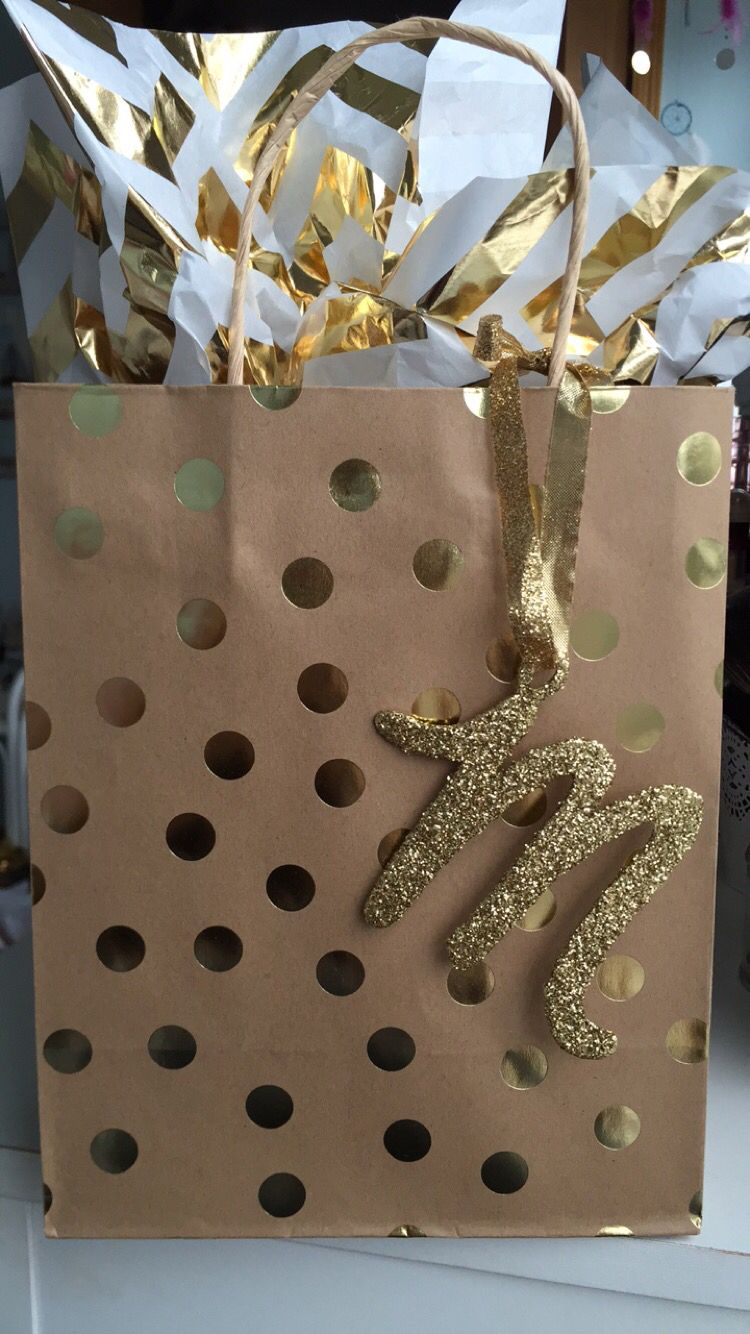 Creative gift wrapping for a friend!