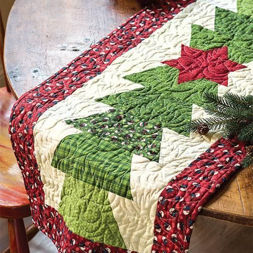 Christmas Tree Table Runner Quilt Pattern: Annies Christmas Special 2018