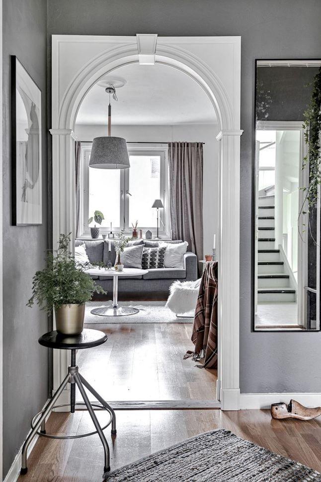 Jurnal de design interior: Amenajare în gri pentru o garsonieră de 35 m²