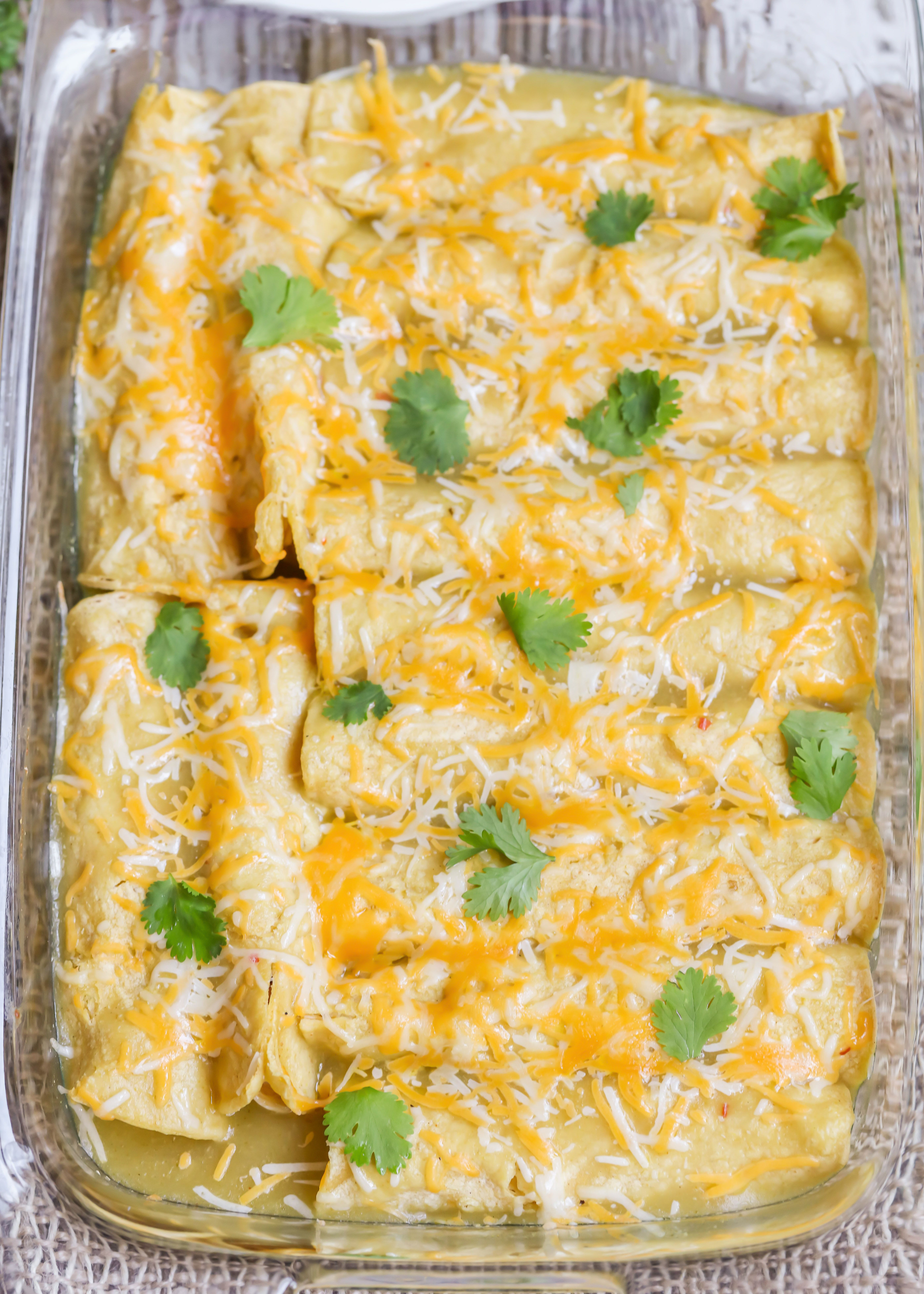 Best Green Chile Chicken Enchiladas Video Lil Luna Recipe Chicken Enchiladas Easy Green Chile Chicken Enchiladas Mexican Food Recipes