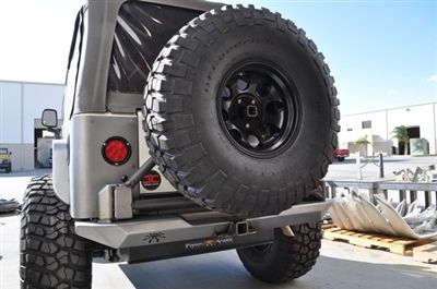 Tj Rockbrawler Rear Bumper With Tire Carrier Jeep Wrangler Tj