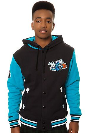 Mitchell   Ness Jacket Charlotte Hornets 2nd Quarter Fleece in Black and  Teal 419dbc1a1
