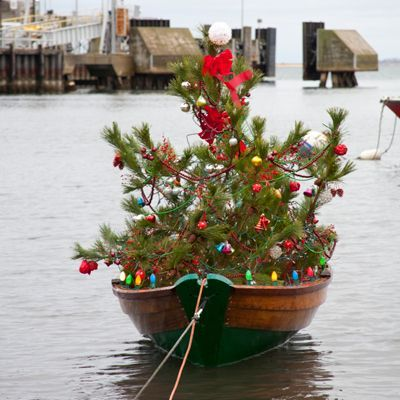 Nantucket's Christmas Stroll is two parts Christmas Carol, one part Mardi Gras, with a twist of Melville. And it's no wonder that for many, The Stroll, as it's called, is an annual pilgrimage without which the holiday season cannot properly begin. Coastalliving.com