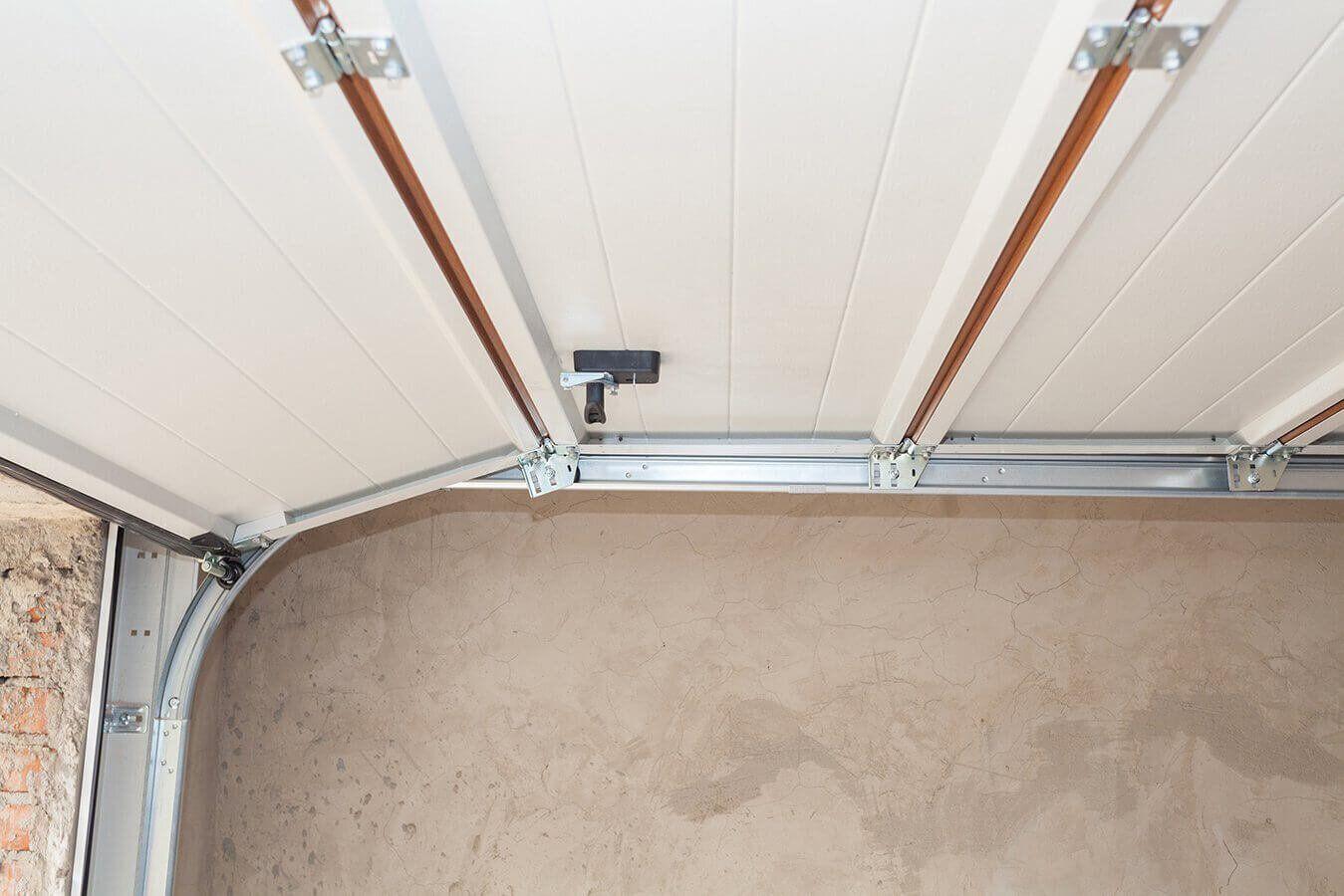 Sumo Garage Doors provide the best garage door repair ... on New Garage Door Springs  id=40431
