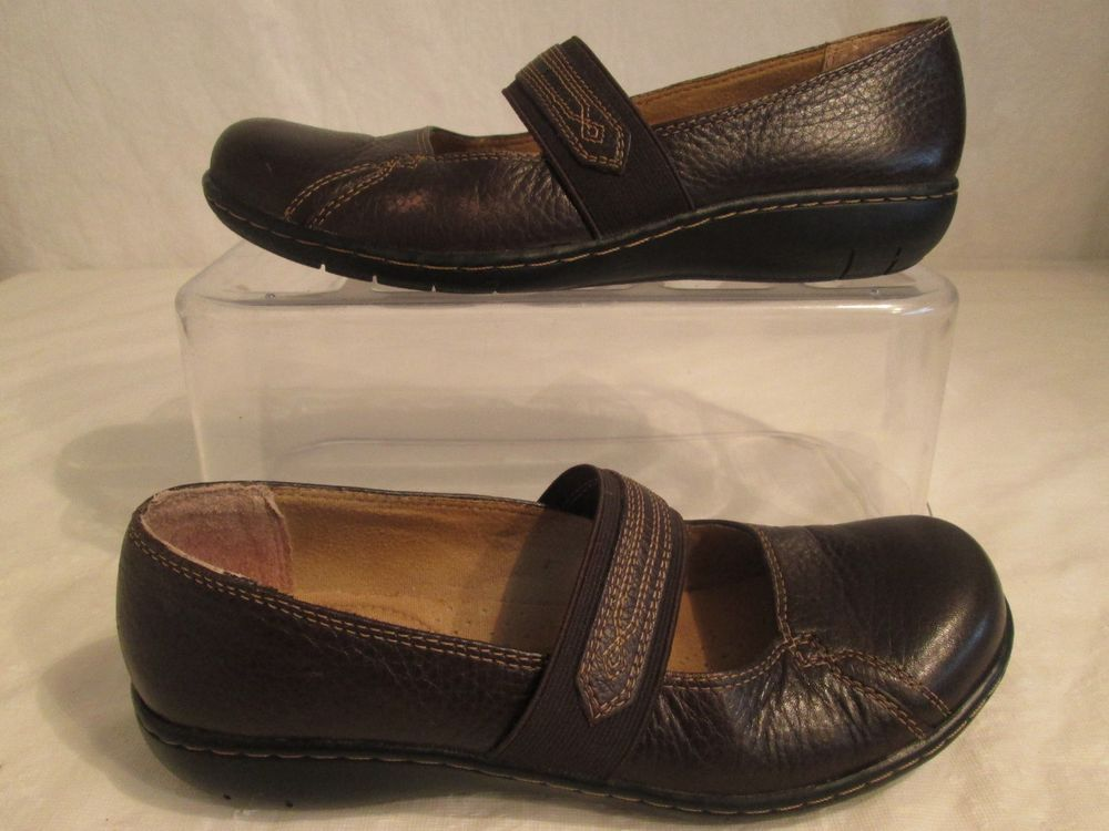 Clarks Active Air Women's Loafers Slip On Shoes Brown Leather Upper Size  7.5M