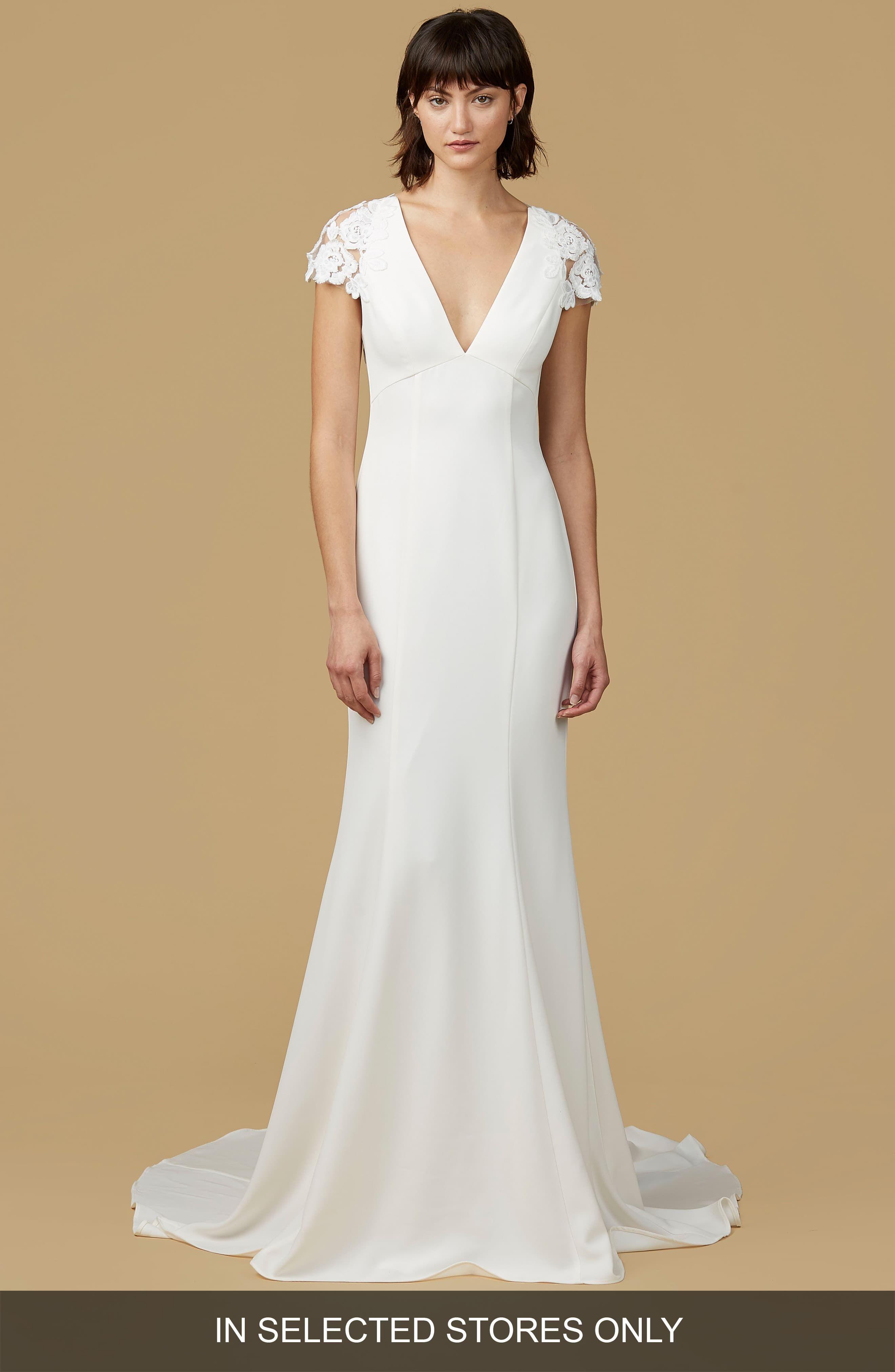 Women's Nouvelle Amsale Amanda Mermaid Gown, Size White