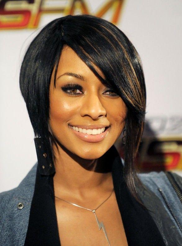 Sleek Inverted Bob Hairstyle For Black Women Hairstyles Weekly Short Bob Hairstyles Hair Styles Inverted Bob Hairstyles