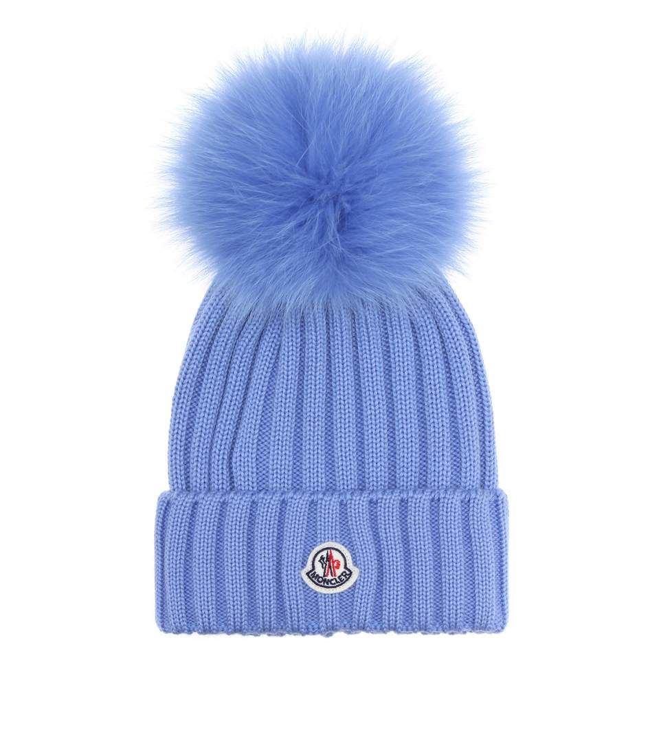 Cappello blu elettrico in lana con pompon  271afb964f8b