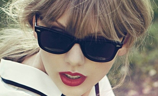 4f38b5dc2306 Duplicate Taylor Swift s Look with These Luxury Designer Sunglasses ...