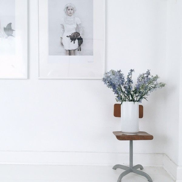 Lyngbyvasen by Lyngby Porcelain - Danish Design. Photo and styling by Malene Marie Møller - Boligcious