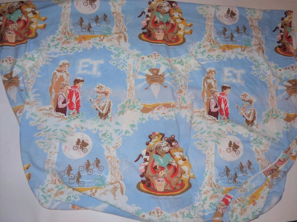 VTG E.T. The Extra-Terrestrial Movie Fitted Twin Bed Sheet Fabric Material 1982