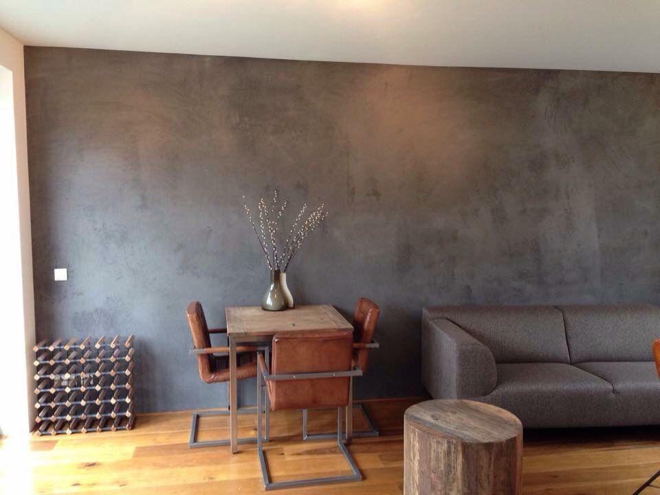 Betonlook muur woonkamer pinterest muur huiskamer - Betonlook wand ...