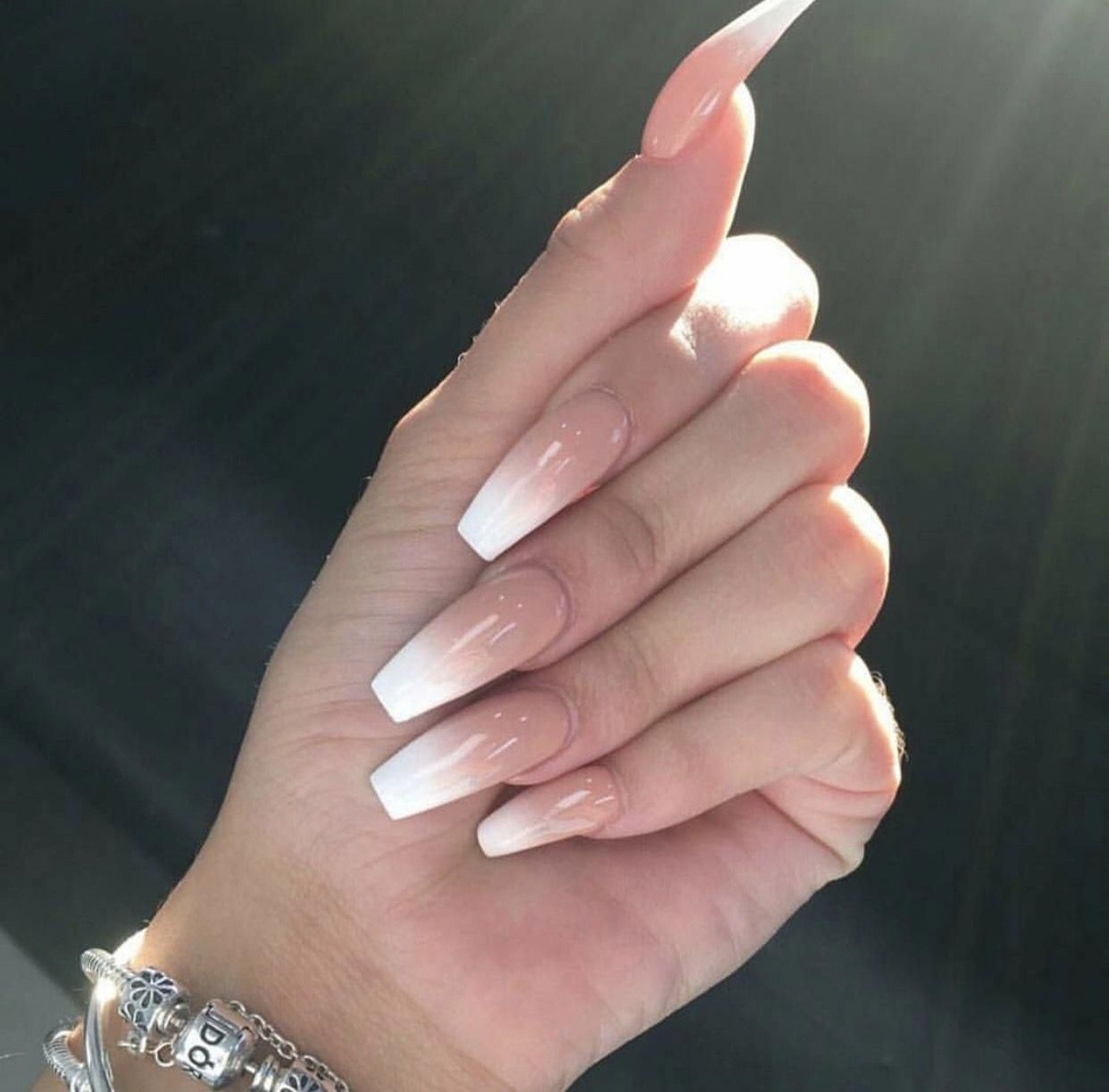 Cute French Nails Girl Hairstyles Frenchtipnaildesigns Trendy Nails Long French Tip Nails Ombre Acrylic Nails