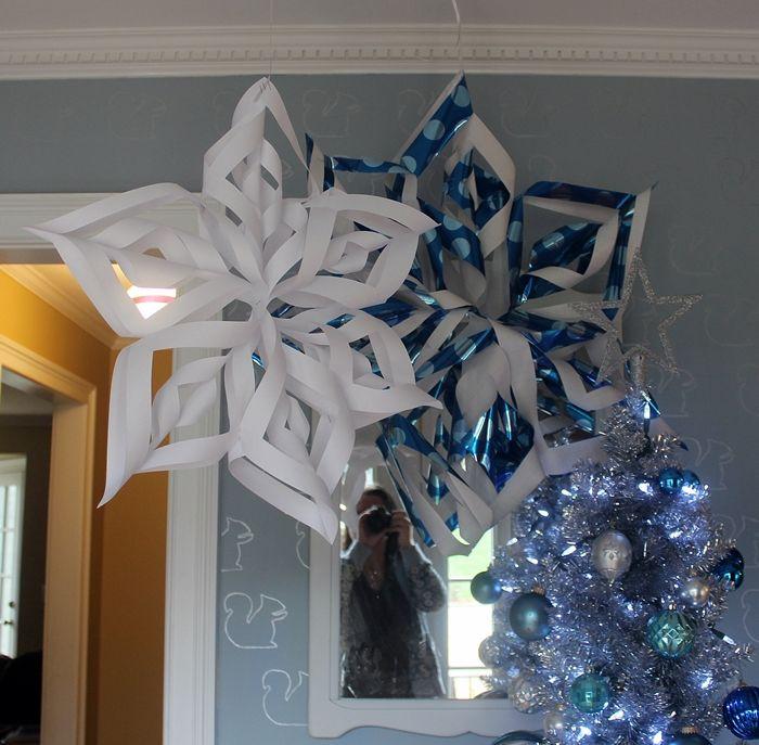 Giant 3D Snowflakes