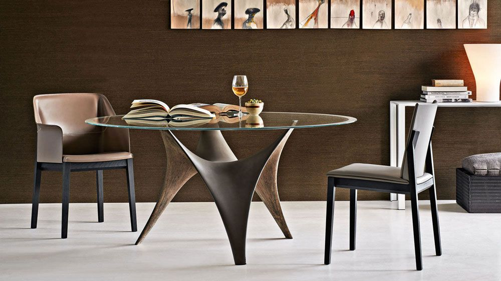 Salle-à-manger design  table circulaire et chaises    www - salle a manger design moderne
