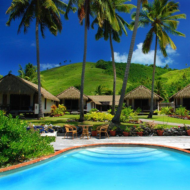 Cook Islands Beaches: Pacific Resort Aitutaki In The Cook Islands. South Pacific