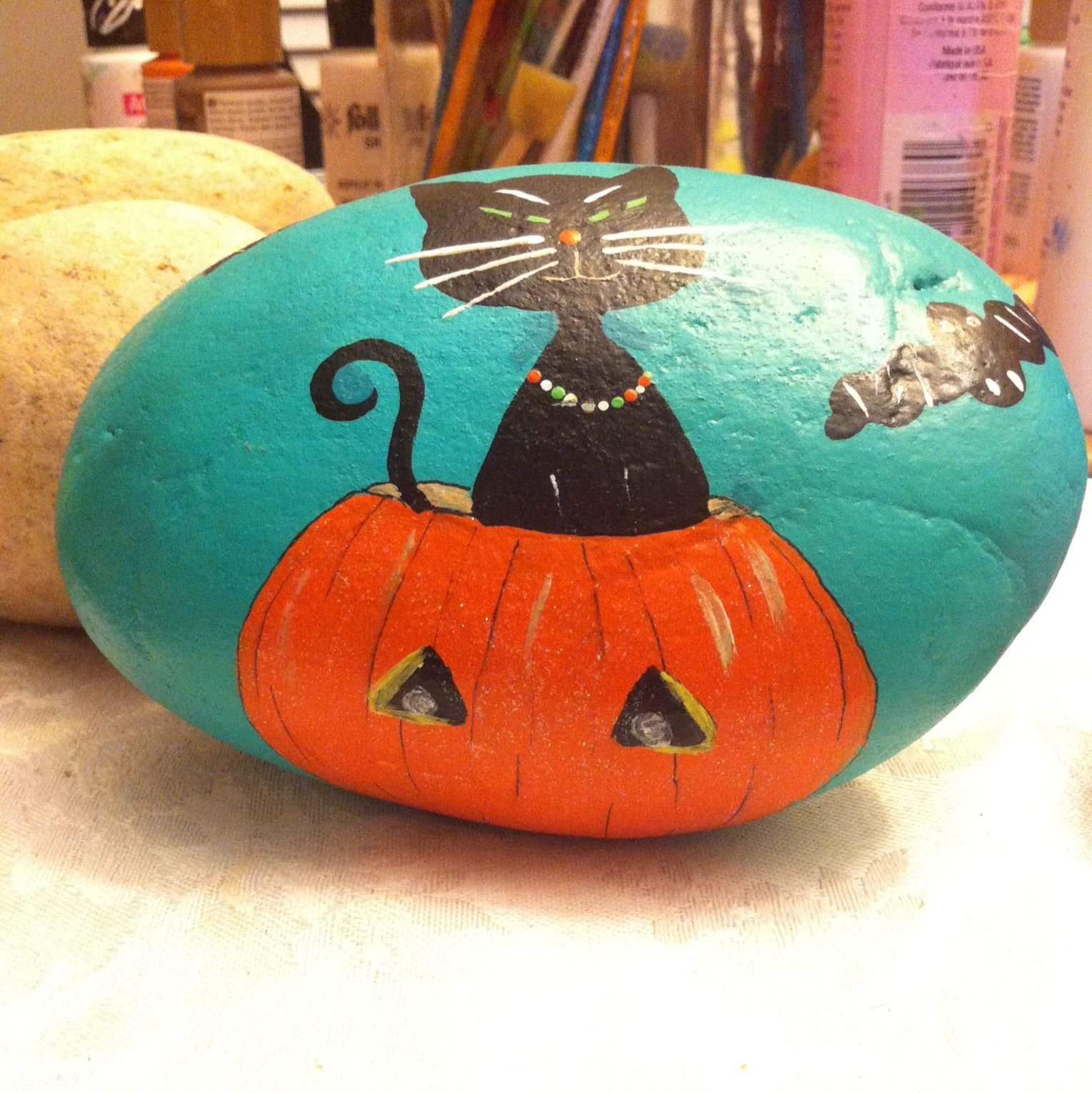 Halloween Kitty Painted Rock 画像あり 黒猫