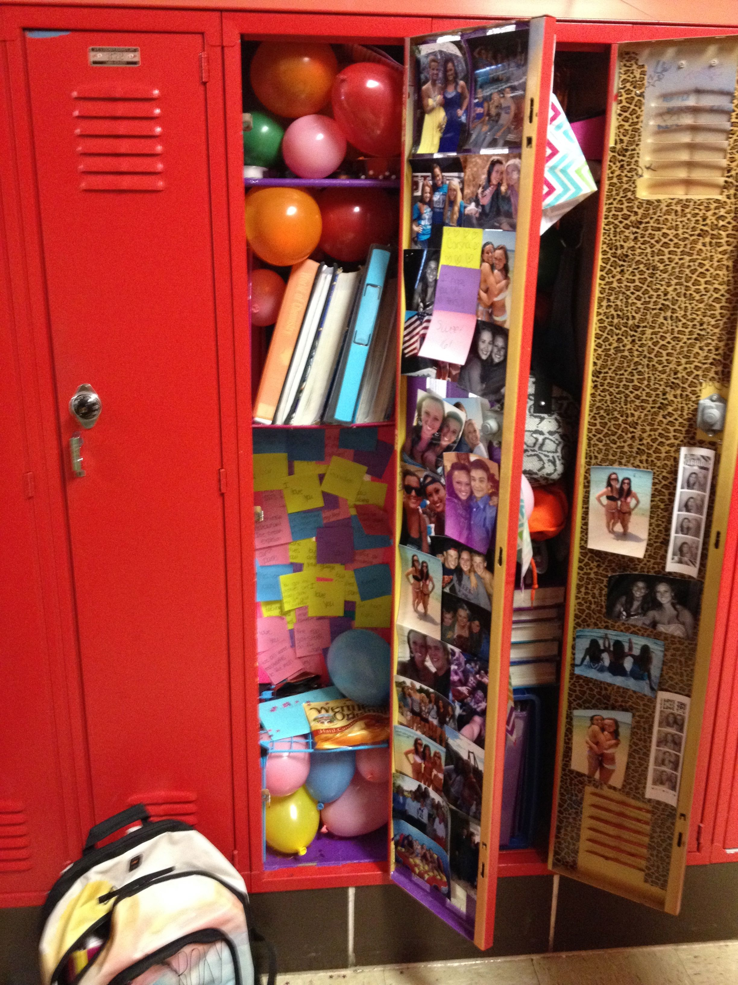 decorate your best friends locker with balloons and post its with memories on it - How To Decorate Your Locker