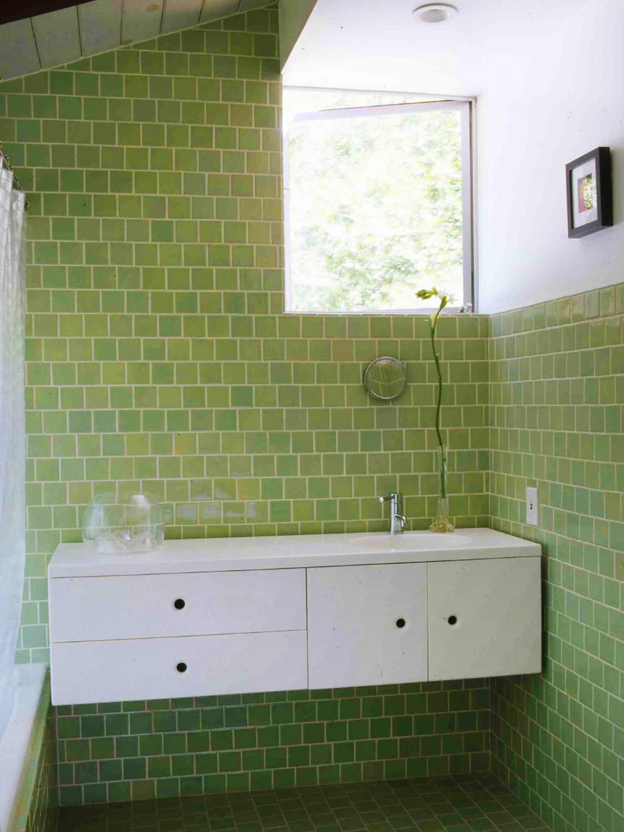 Multiple Shades Of Green Tile In Bathroom Bathroom Tile Designs Green Tile Bathroom Green Bathroom