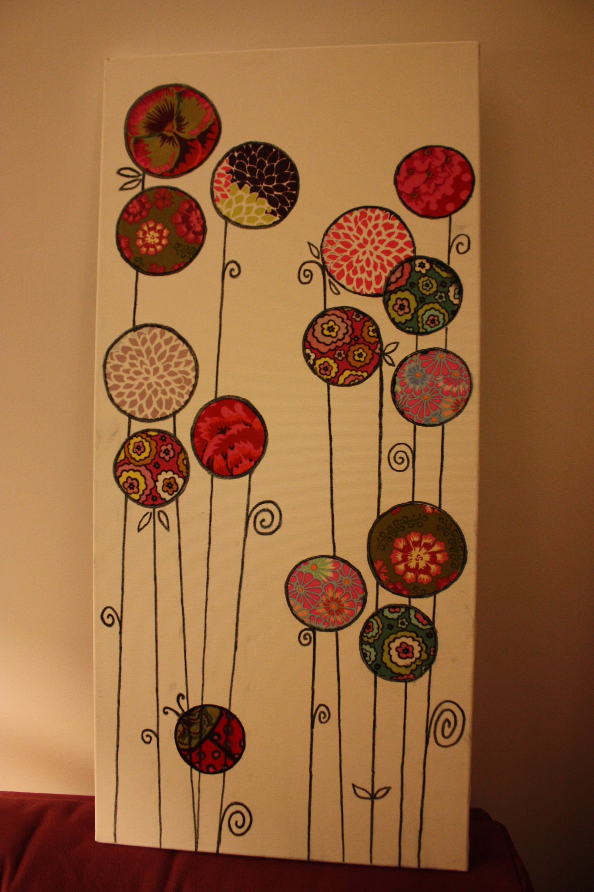 tableau fleur en tissu id es bricolage tableau fleurs. Black Bedroom Furniture Sets. Home Design Ideas