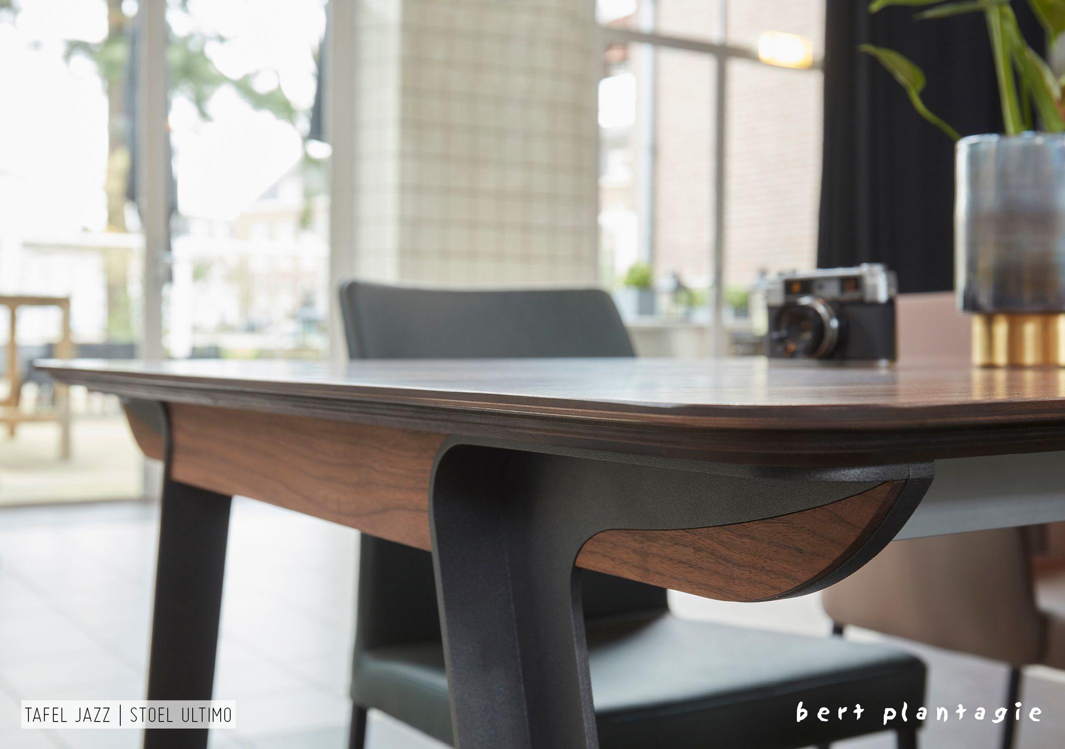Design Tafel Stoelen : De jazz tafel met de ultimo stoelen bertplantagie interiors