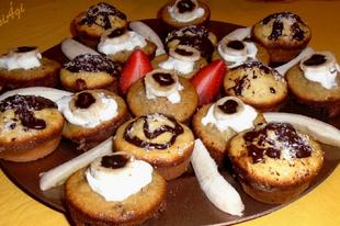 Csokis-banános és kókuszos muffin