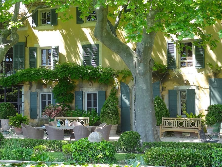 st r my de provence chic bastide 2 piscines tennis. Black Bedroom Furniture Sets. Home Design Ideas