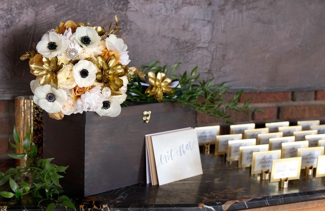 Diy flower decorations wedding  Create the wedding of your dreams with DIY components such as these