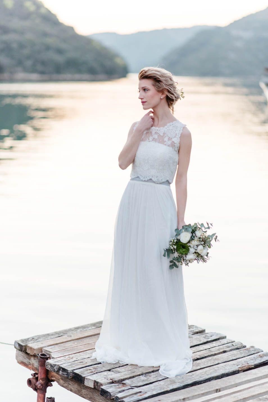 20er Jahre Brautkleid Faye in Kombination mit unserem Bridaltop T