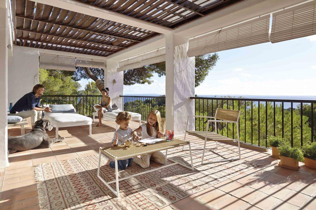 Comment abriter sa terrasse du soleil... | Terrasses, Du soleil et ...