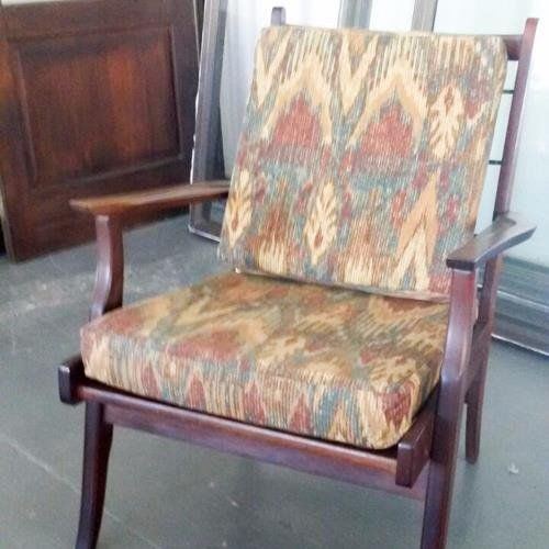 Spunky Mid Century Chair Sturdy Good Condition Solid Wood Loose