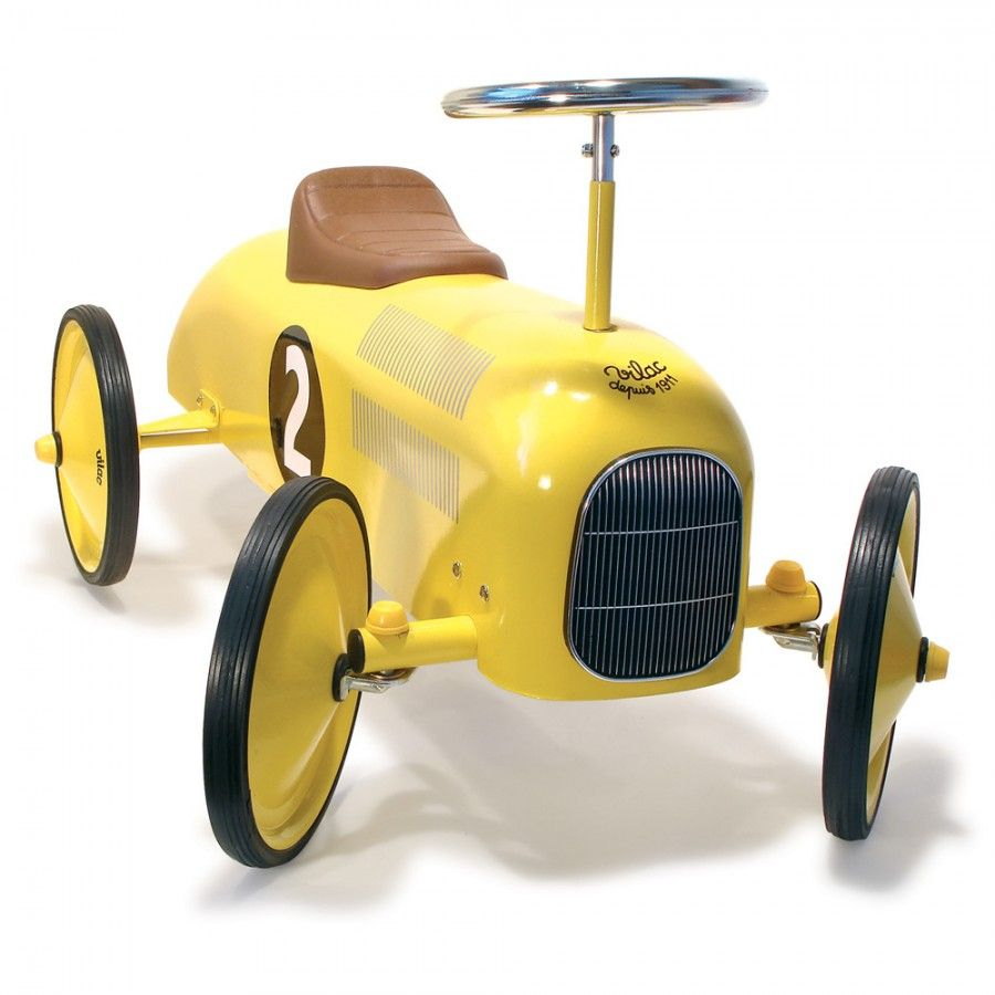 Cars 3 toys racers  sweet car little pea will have to wait til heus  for this one