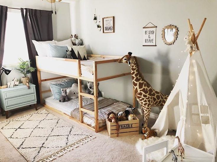 Love the bunk bed on the floor idea. Great for little ones just starting to use a big kid bed and also doesn't take up as much room visually if you have a small room. #ikeakinderzimmer
