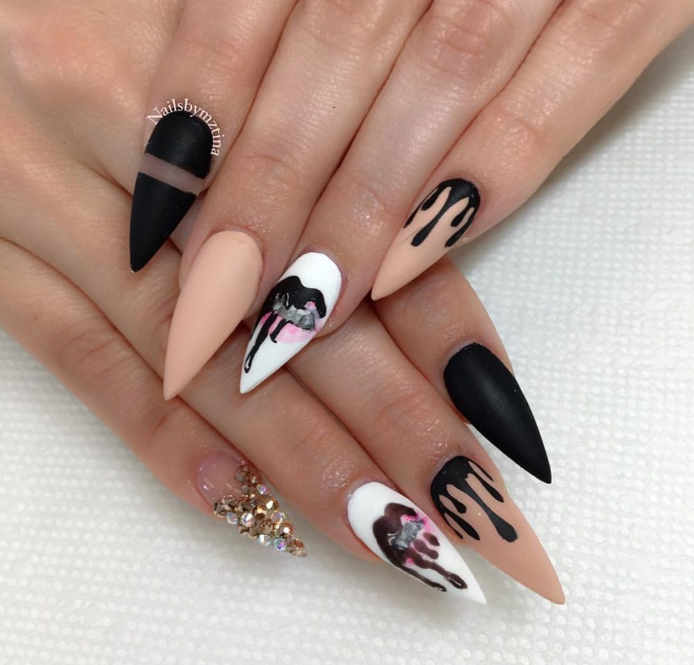 Kiely Lip Kit Nail Art