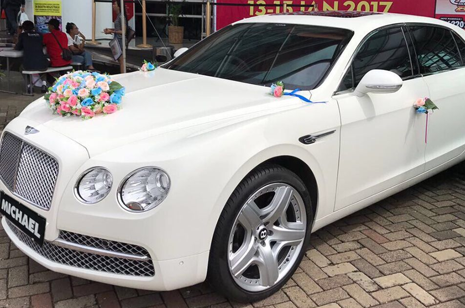 Services offered by a company of wedding car in Birmingham ...