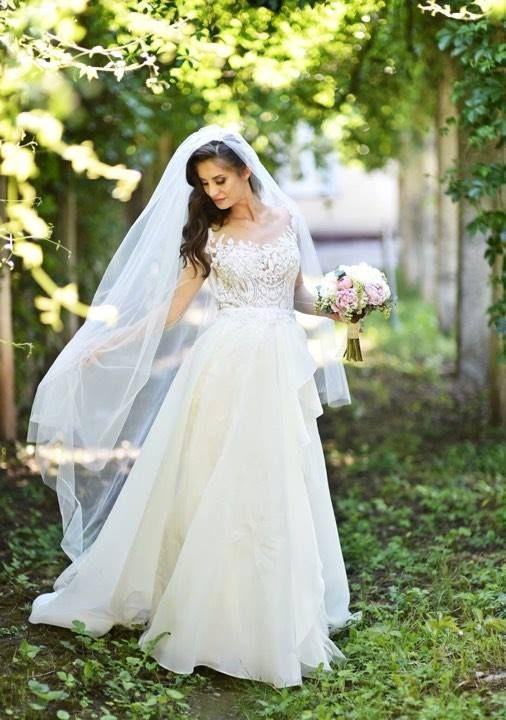 Beautiful pregnant bride, Madalina Ciufu!