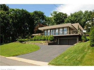 Realtor Com Real Estate Listings Homes For Sale Mid Century Modern House House Styles Building A House