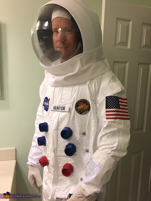Apollo 13 Astronaut - Halloween Costume Contest at Costume-Works.com #halloweencostumesformen