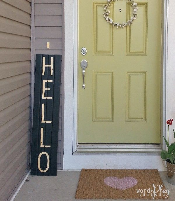 Quick And Easy Hello Pallet Sign For Doorway Front Porch Apply The Vinyl Letters To Unfinished Board Pai Vinyl Wall Lettering Front Door Decor Updating House