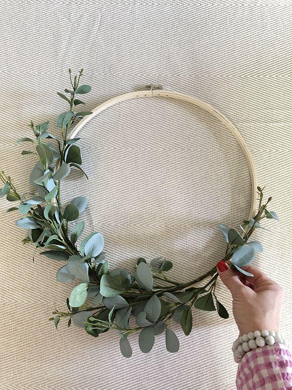 Photo of Five-Minute Floral Hoop Wreath!