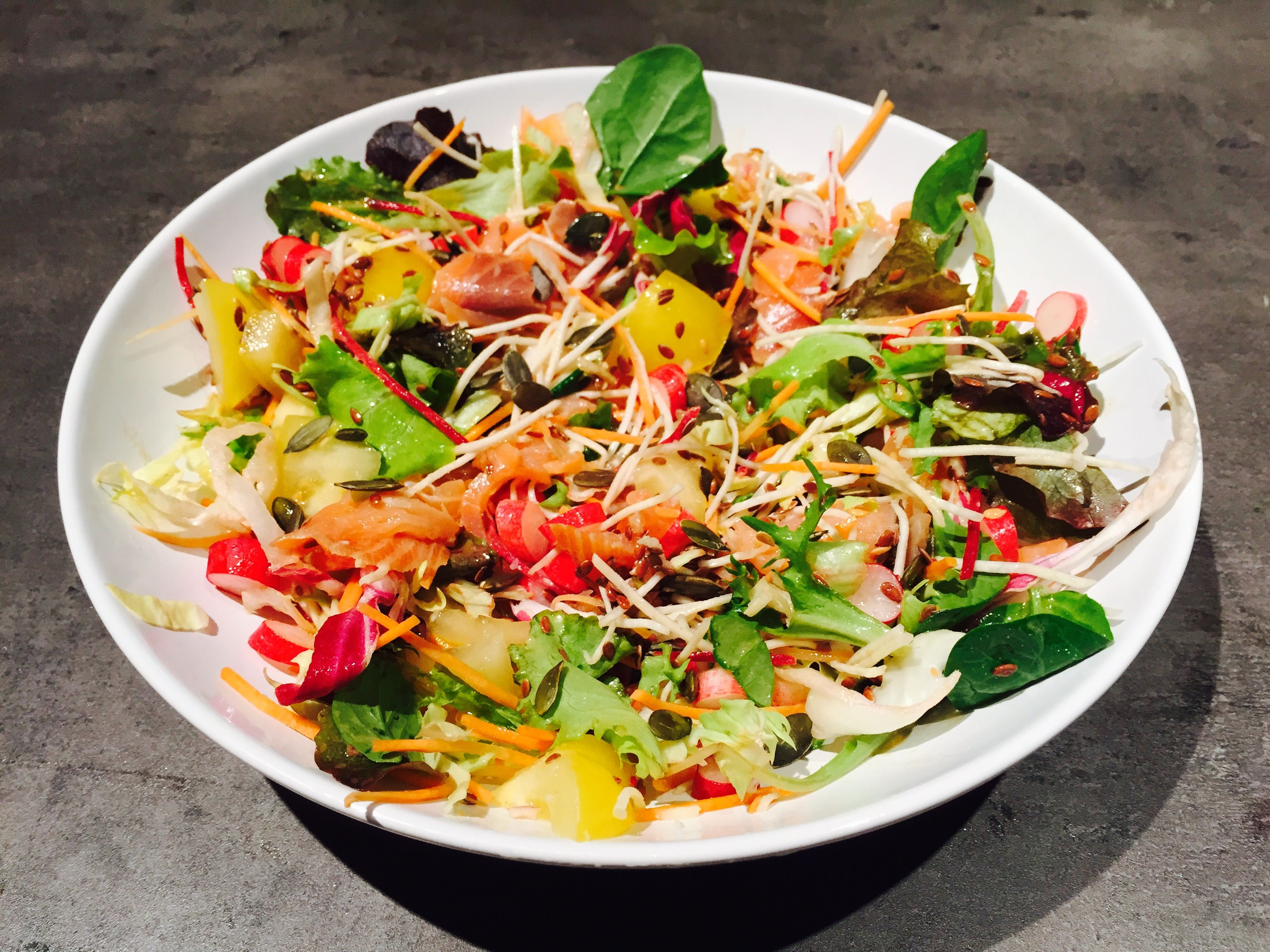 Hello vitamins! Salmon salad is very colorful and easy to cook!