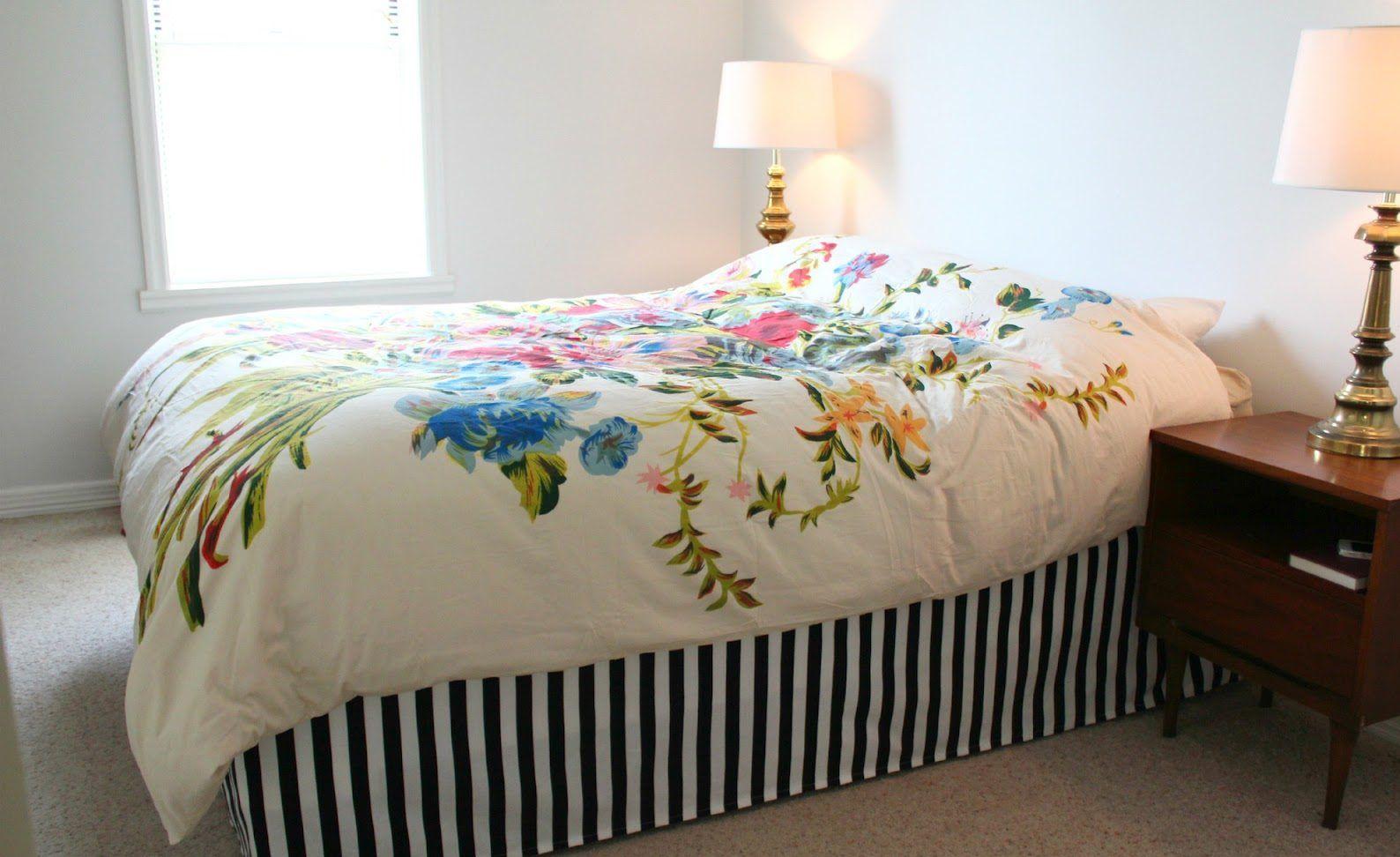 Tutorial easy DIY bed skirt in 2020 Simple bed, Diy bed