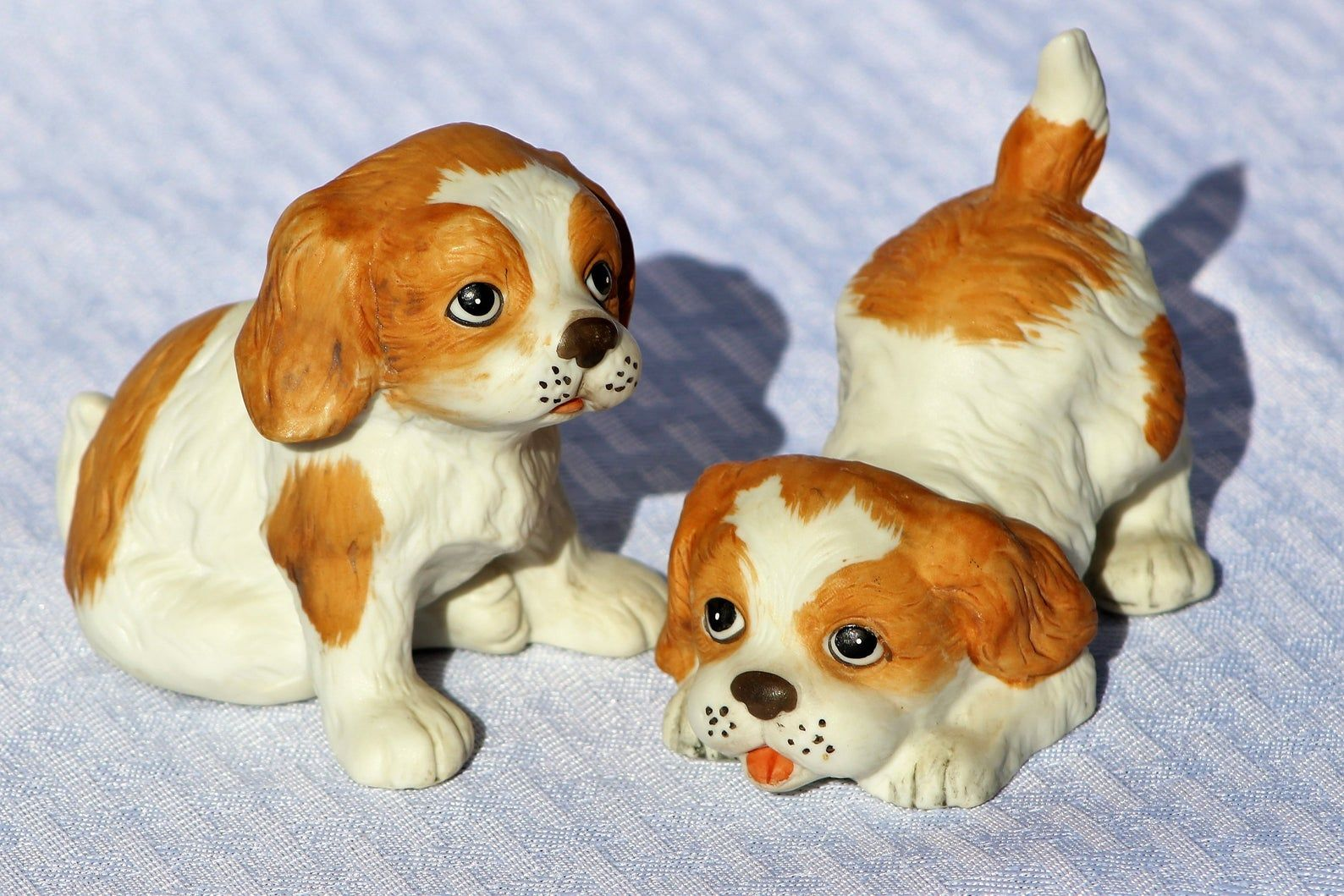 Pair of Porcelain Cocker Spaniel Puppy Dogs by Homco, Made