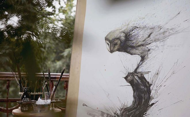 Il réalise de superbes portraits d'animaux en associant street-art et peinture chinoise