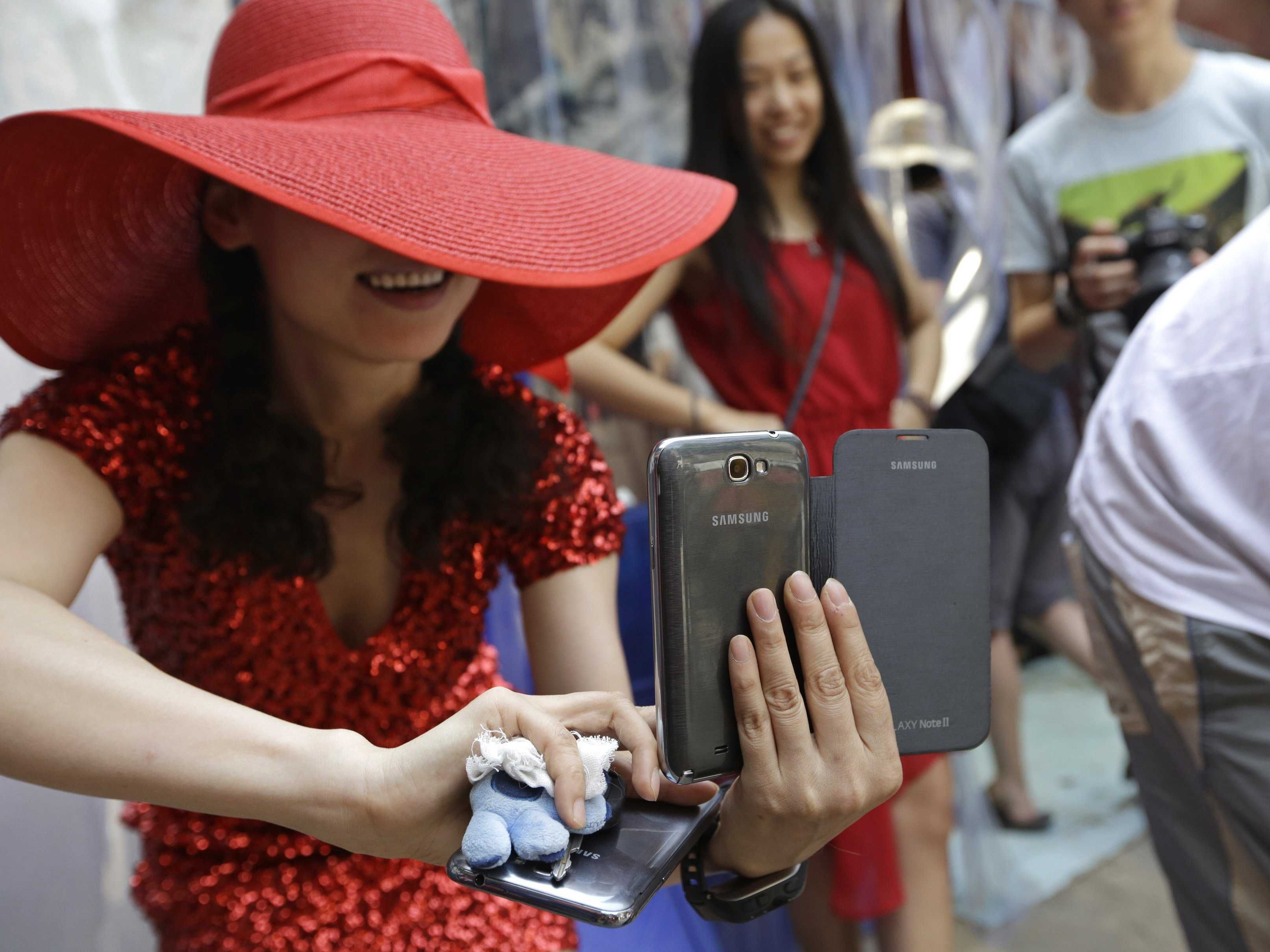 Mobile-First Networks Are Taking Over Social Media Around The World