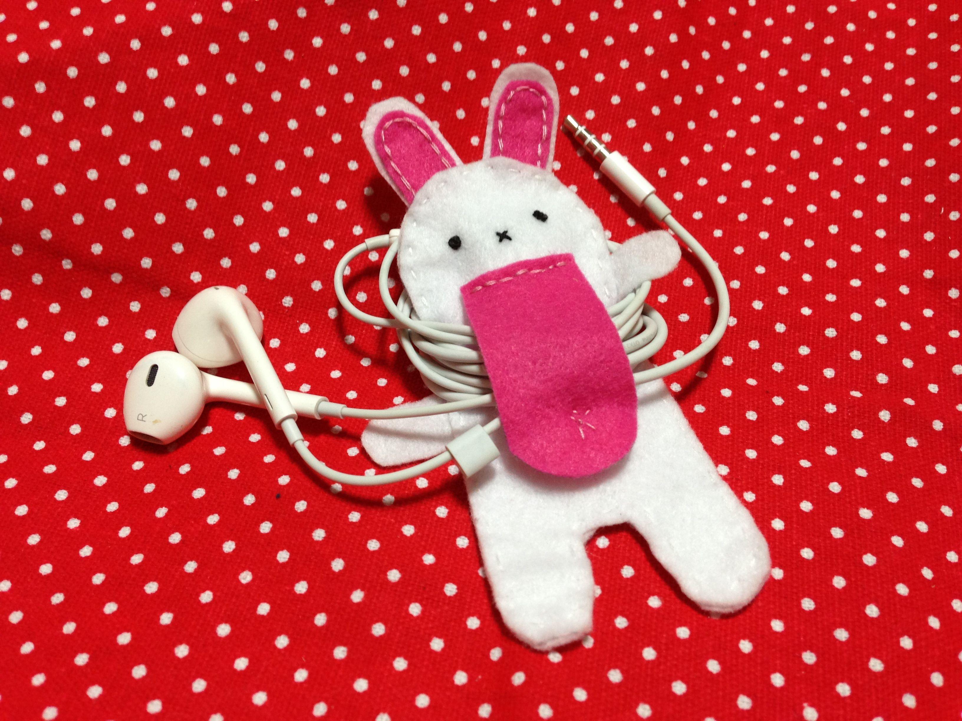 Bunny Earphone Holder Christmas Ornaments Crafts Novelty Christmas