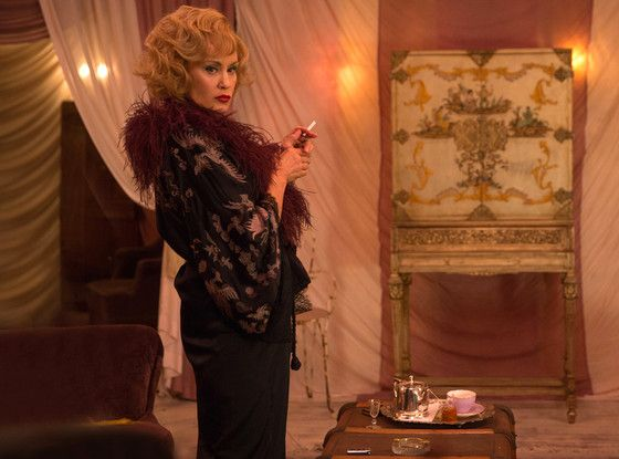 Jessica Lange on Her American Horror Story Gifts: Rich Characters, Rock Star Moments and Toys  Jessica Lange, American Horror Story