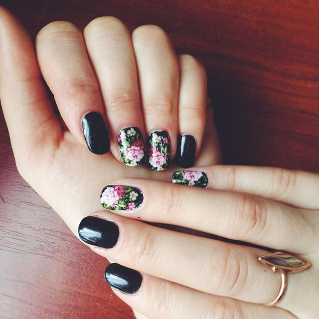 Pin for Later: 25 Black Nail Ideas to Break the Manicure Monotony Floral
